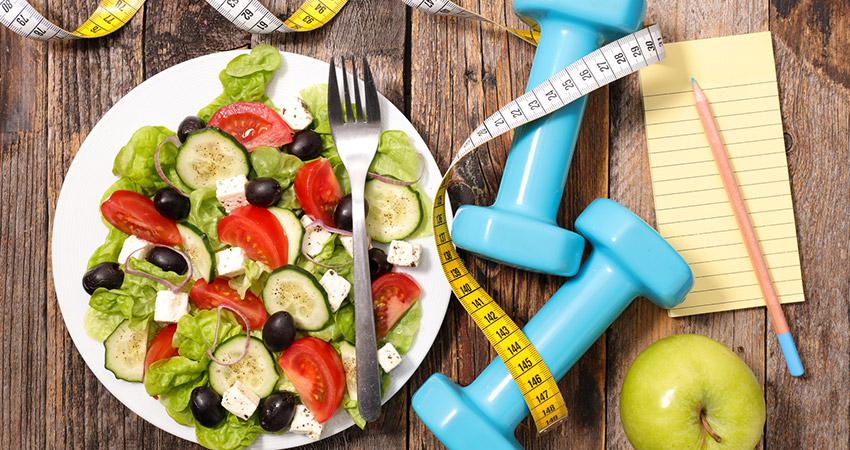 Для похудения, кроме физических упражнений, так же необходимо соблюдать диету
